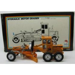 Mitsubishi Motor Grader Orange scale 1/68