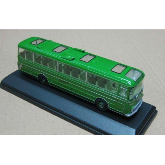 Plaxton Panorama Coach Southdown Green scale 1/76