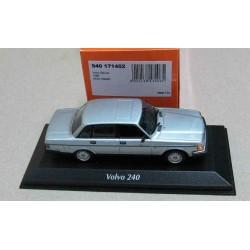 Volvo 240 GL LHD Metallic Silver 1986