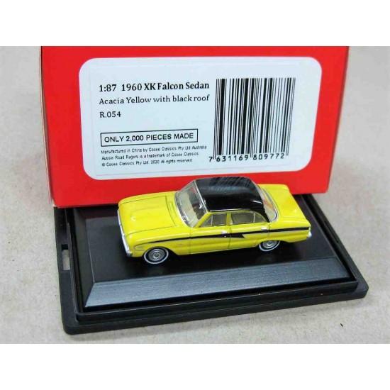 Ford XK Falcon Sedan Acacia Yellow/Black Roof 1960 scale 1/87 (HO)