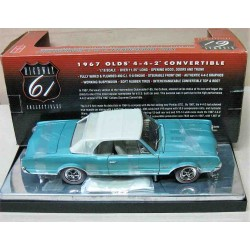 Oldsmobile 4-4-2 Convertible Metallic Blue/Ivory top and interior 1967