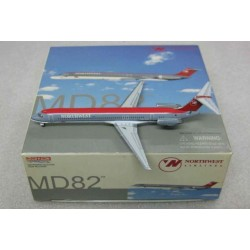 McDonnell Douglas MD-82 Northwest Airlines N311RC