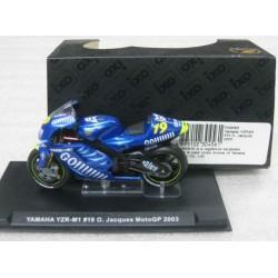 Yamaha YZR-M1 #19 Olivier Jacques 2003 Moto GP 2003 scale 1/24