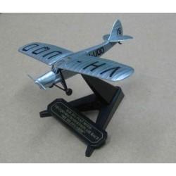 De Havilland 80A Puss Moth VH-UQO 'My Hildegarde' MacRobertson Air Race 1934 scale 1/72