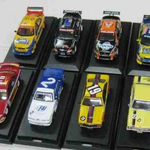 V8 Supercars 1/64