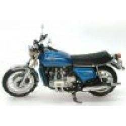 Honda Gold Wing Metallic Blue 1975 scale 1/12
